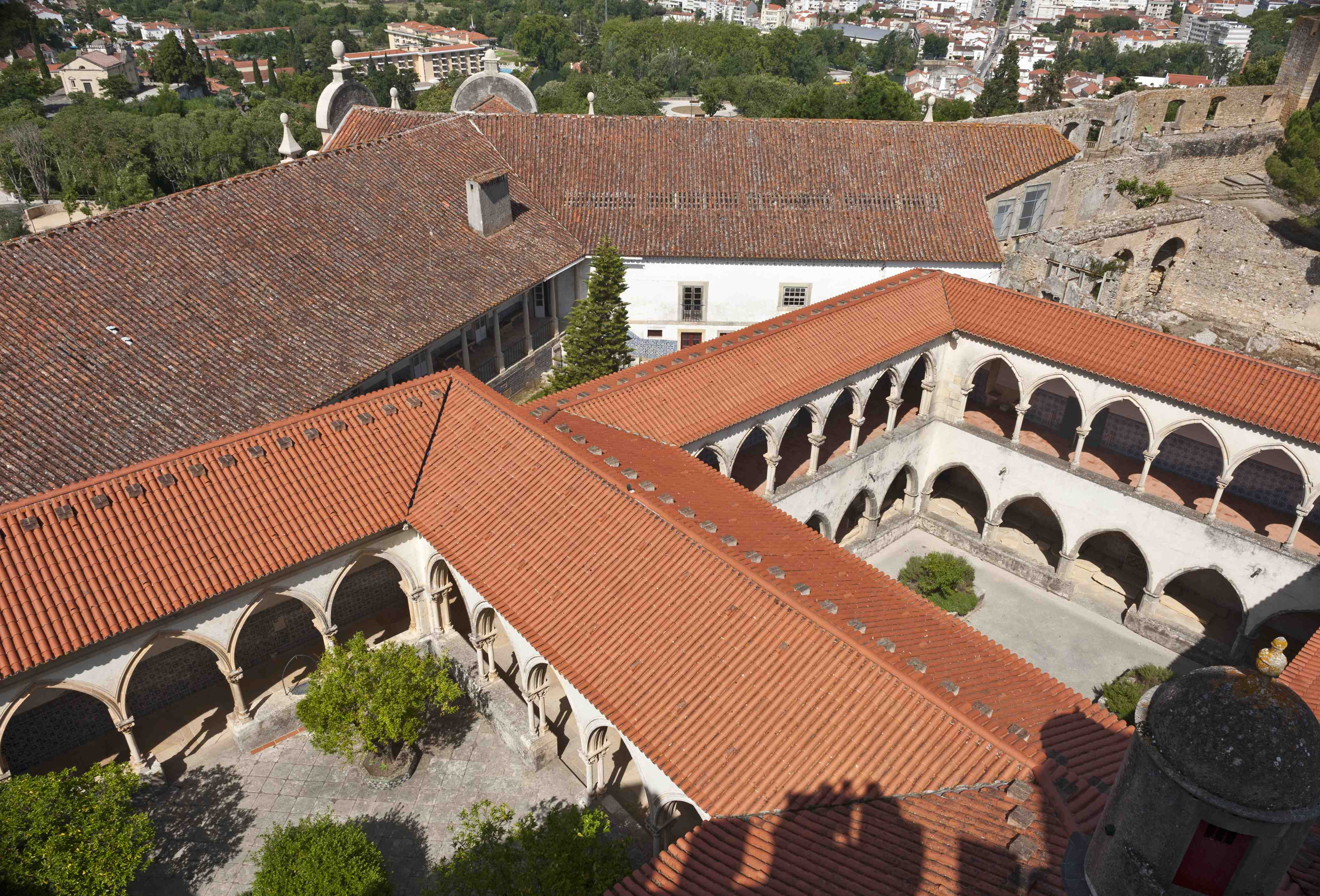 Top view of the Cloisters Cemetery and adjacent wash the courtyard of Botica of Christ Convent